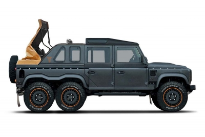 Flying Huntsman 6x6 Soft Top – sześciokołowy Land Rover Defender w wersji de luxe