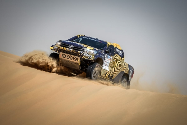 Gwiazdorska obsada Qatar Cross Country Rally 2017