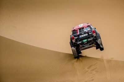 Walka aż do mety – Silk Way Rally 2017 (etapy 10., 11. i 12.)