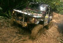 Land Rover z lasów deszczowych - Marek i Agnieszka Janaszkiewiczowie (2007)